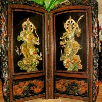 Splendid Meiji Period Red and Black Lacquered Screen